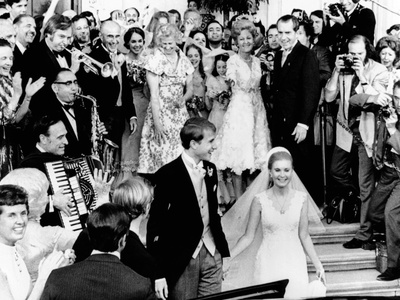 Newlyweds, Edward and Tricia Nixon Cox Leave the White House after their Wedding, June 12, 1971 Photo
