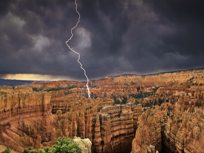 Bryce Canyon National Park, Utah, USA Photographic Print by Dave Welling