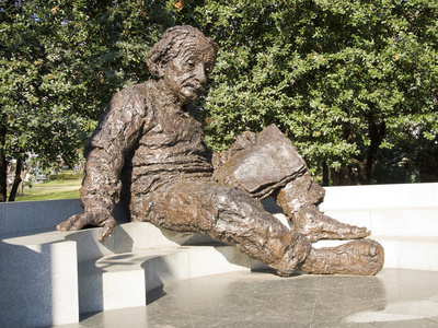 Albert Einstein Sculpture, Washington DC, USA, District of Columbia Photographic Print by Lee Foster