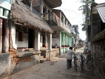 Artists Houses with Thatched Roofs in Main Street of Artists' Village, Raghurajpur, Orissa, Inda Photographic Print by Annie Owen
