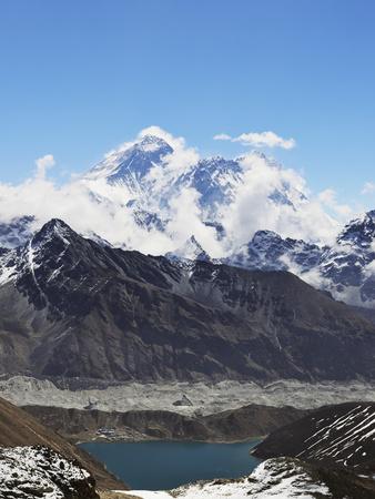 Renjo Pass of Mount Everest, Sagarmatha Nat'l Park, UNESCO World Heritage Site, Nepal Photographic Print by Jochen Schlenker