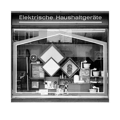 Schaufensterbummel - Elektronik Collectable Print by Siegfried Wittenburg