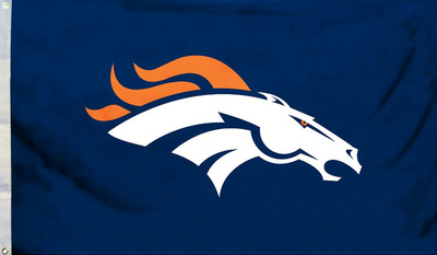 NFL Denver Broncos Flag with Grommets Bandera