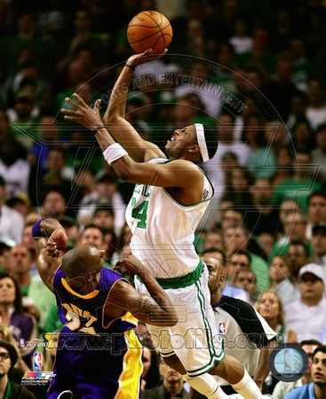 Paul Pierce Game Five of the 2009-10 NBA Finals Action (13) Photo