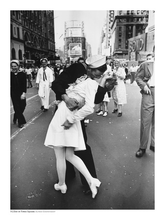 V-J Day in Times Square Art by Alfred Eisenstaedt