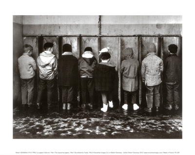 Drengepissoir Plakater af Robert Doisneau