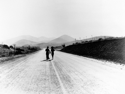 """Charlie Chaplin, Paulette Goddard. """"The Masses"""" 1936, """"Modern Times"""" Directed by Charles Chaplin Photographic Print"""