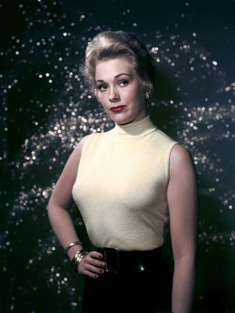 Kim Novak 1954 Photo