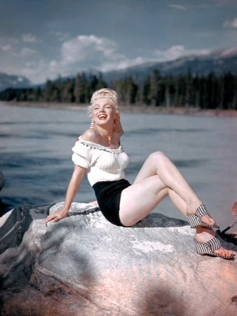 River of No Return 1954 Directed by Otto Preminger on the Set, Marilyn Monroe Photo