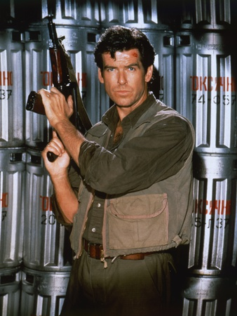 Golden Eye 1995 Directed by Martin Campbell Pierce Brosnan Photo