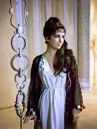 Cleopatra 1963 Directed by Joseph L. Mankiewicz Elizabeth Taylor Photo