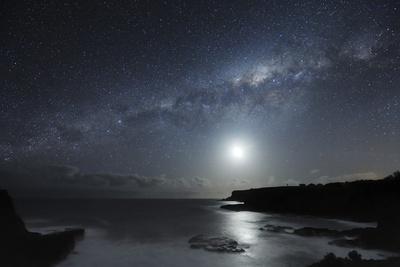 Voie Lactée au dessus de la péninsule de Mornington, Meilleures Destinations de Voyage, Ciel nocturne, poster photo par Alex Cherney