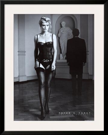 Danielle im schwarzen Dessus Prints by Peter Furst