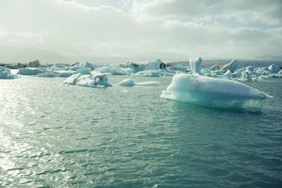 Jokulsarlon Glacial Lake Photographic Print by Dirk Wiersma