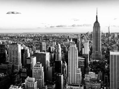 Empire State Building and One World Trade Center at Sunset, Midtown Manhattan, New York City Fotoprint av Philippe Hugonnard