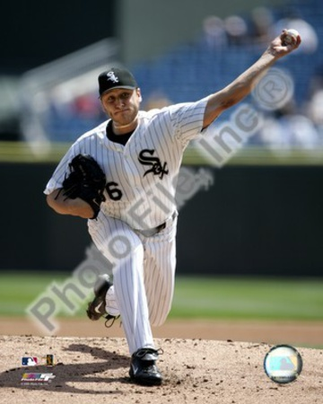 Mark Buehrle - 2005 Pitching Action Photo
