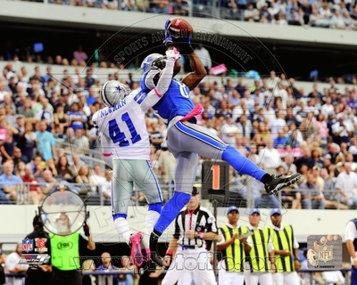 Calvin Johnson 2011 Action Photo
