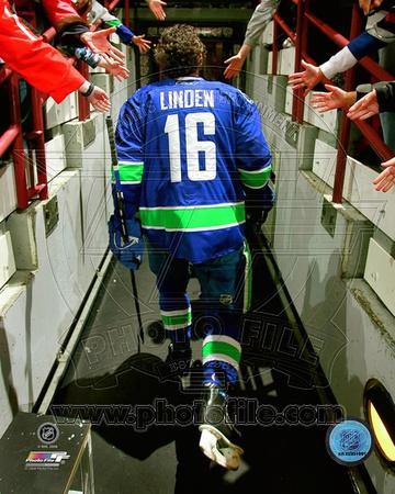 Vancouver Canucks - Trevor Linden Photo Photo