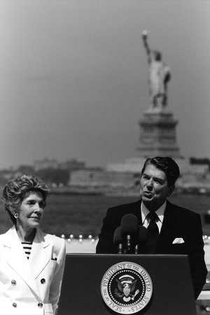 Digitally Restored Photo of President Ronald Reagan and Nancy Reagan Photographic Print