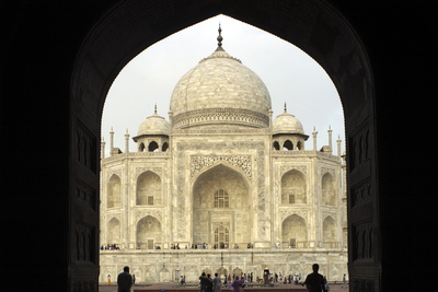 Taj Mahal, UNESCO World Heritage Site, Agra, Uttar Pradesh, India, Asia Photographic Print by Balan Madhavan
