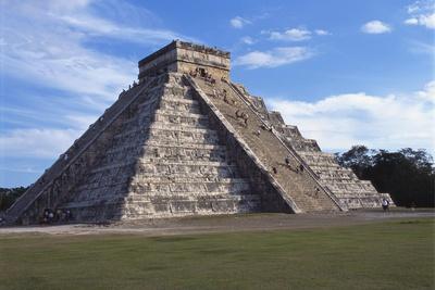 El Castillo, Chichen Itza, Yucatan, Mexico Photographic Print by Robert Harding