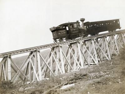 Train Ascending Mount Washington Photographic Print