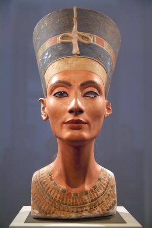Bust of Nefertiti Photographic Print