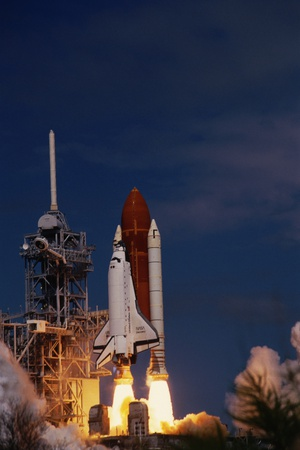 Space Shuttle Discovery Lifting Off Photographic Print by Roger Ressmeyer
