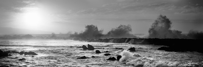 Waves Breaking on Rocks in the Ocean, Three Tables, North Shore, Oahu, Hawaii, USA Photographic Print
