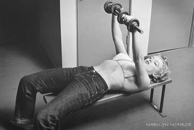 Marilyn Monroe - Bench Press plakat