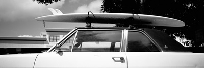 Usa, California, Surf Board on Roof of Car Photographic Print