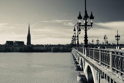 Pont De Pierre Bridge across Garonne River, Bordeaux, Gironde, Aquitaine, France Photographic Print by Green Light Collection