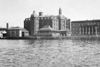 City Hospital on Blackwell's Island Photographic Print
