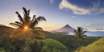 Philippines, Southeastern Luzon, Bicol, Mayon Volcano Photographic Print by Michele Falzone
