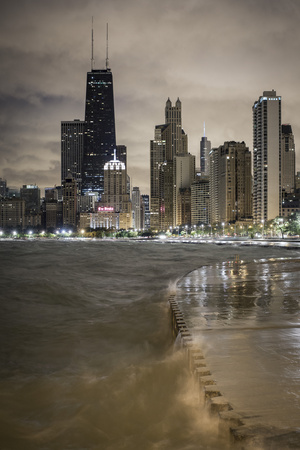 Usa, Illinois, Chicago, the Hancock Tower and Downtown Skyline from Lake Michigan Fotografisk tryk af Gavin Hellier