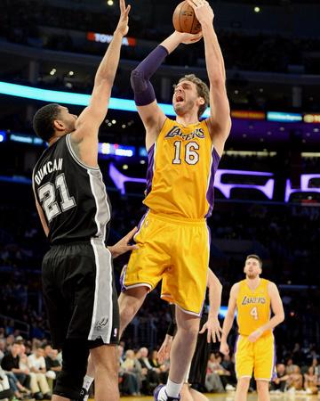 Mar 19, 2014, San Antonio Spurs vs Los Angeles Lakers - Pau Gasol Photo by Noah Graham