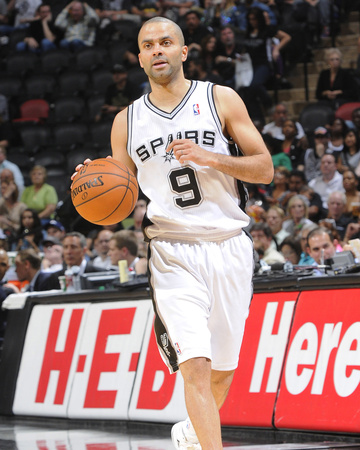 Apr 2, 2014, Golden State Warriors vs San Antonio Spurs - Tony Parker Photo by D. Clarke Evans