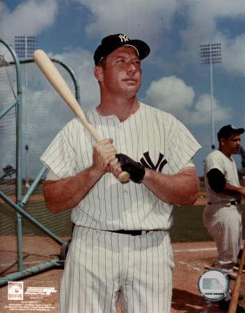 Mickey Mantle 10 Posed with Bat Photo