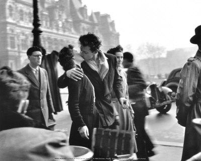 De kus bij het stadhuis, Parijs, 1950 Kunst van Robert Doisneau