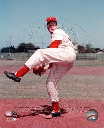 Robin Roberts - Posed, pitching Photo