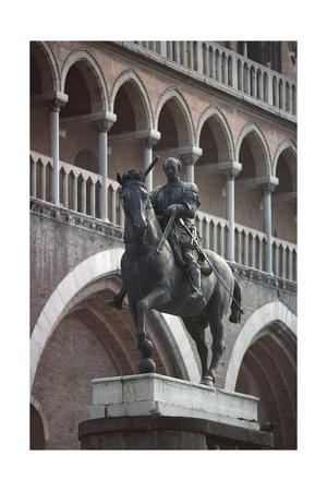Equestrian Monument of Erasmo Da Narni, known as Gattamelata, Bronze Statue, 1446-1453 Giclee Print by Donatello