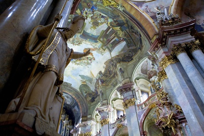 St. Nicholas church in Mala Strana (1673-1752) Photo