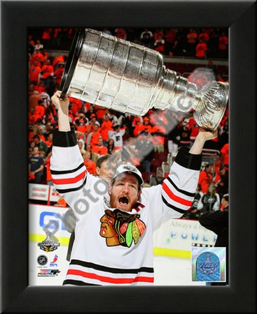 Duncan Keith with the 2010 Stanley Cup Posters