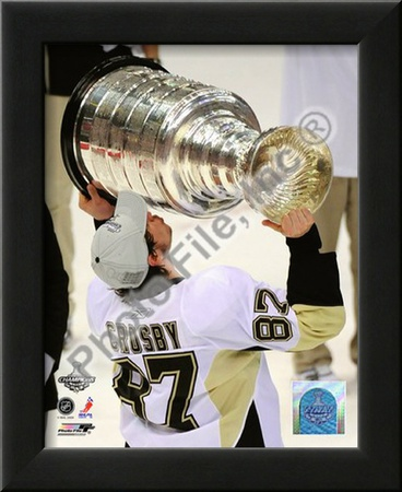 Sidney Crosby Game 7 - 2008-09 NHL Stanley Cup Finals With Trophy Posters
