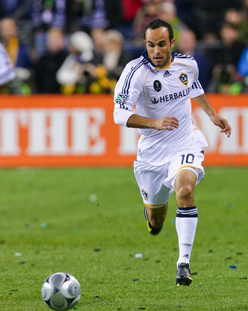2009 MLS Cup: Nov 22, Los Angeles Galaxy vs Real Salt Lake - Landon Donovan Photo by Robert Mora