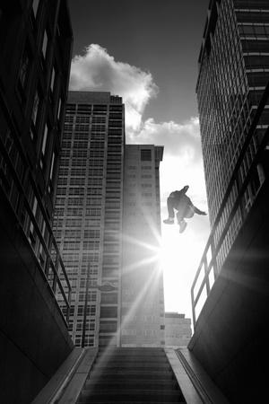 Parkour - Streetrunners Fotografie-Druck von Maarten Wouters