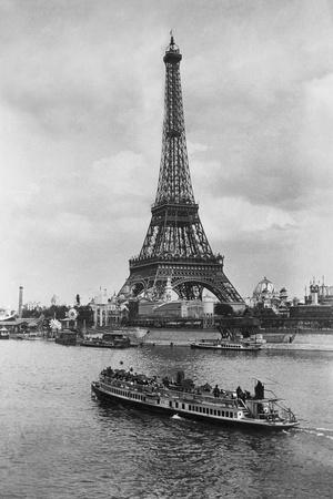 View of Eiffel Tower Fotografie-Druck