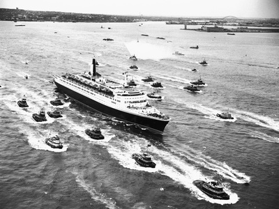 Cruise Ship Entering New York's Harbor Photographic Print by Charles Rotkin