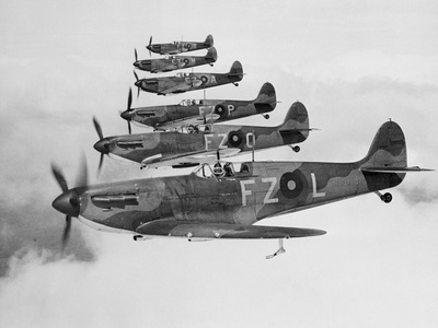 A Squadron of British Supermarine Spitfire Fighters Fotoprint