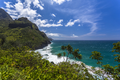 A View of the Na Pali Coast from the Kalalau Trail Photographic Print by Andrew Shoemaker